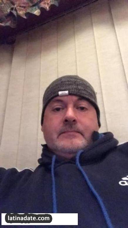 Michael, 50 from Haverfordwest Wales, image: 303914