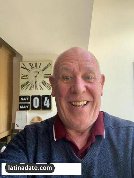 Mike, 65 from Gosport England, image: 309338